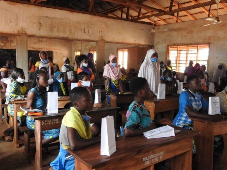 Action de sensibilisation à l'endroit des jeunes filles : Eceau-Fem attire l'attention des élèves sur les menstrues