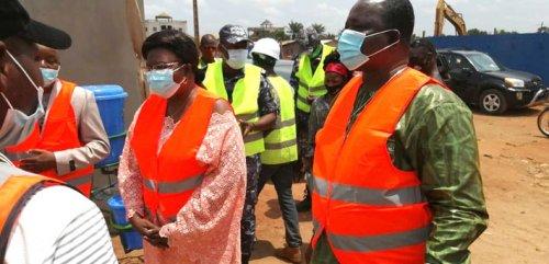 Construction du marché de Houègbo : Visite du Maire Bibiane Adamazè sur le chantier