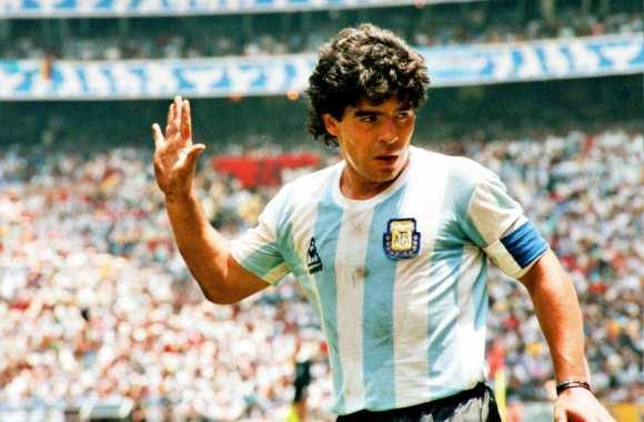 Football/ Carnet noir : Diego Maradona s'en est allé !
