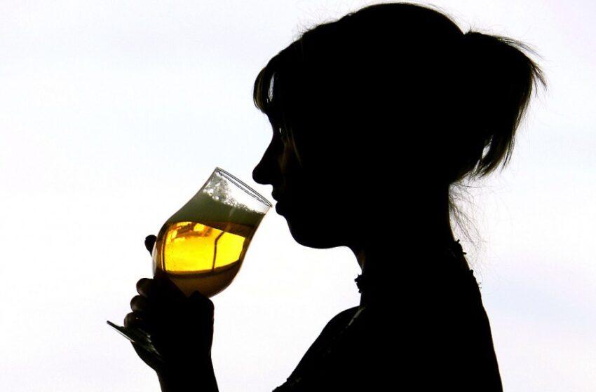 Alcool et adolescence : Le cocktail de tous les risques