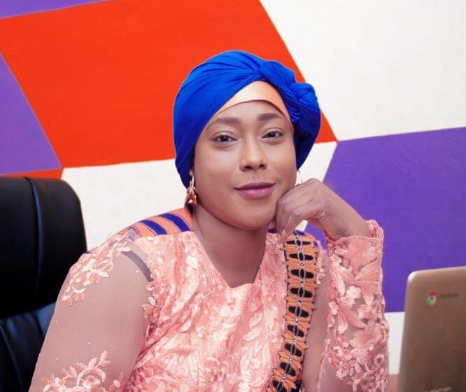 "Adiza AROUNA: ""Félicitations au Chef de l'État"""