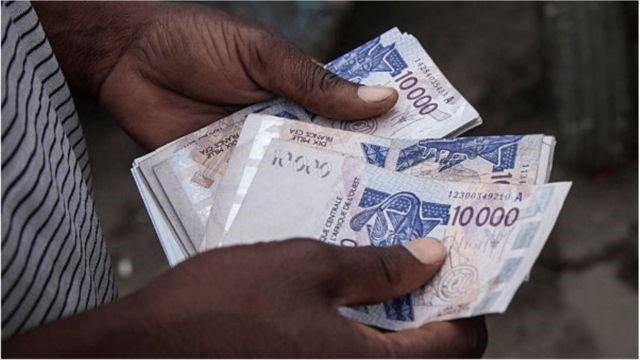 Microcrédits : Des femmes étranglées