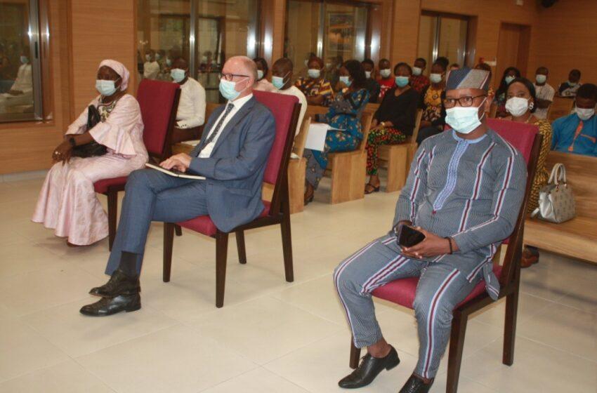 Cour constitutionnelle : Joseph Djogbenou échange avec les jeunes leaders du Bénin