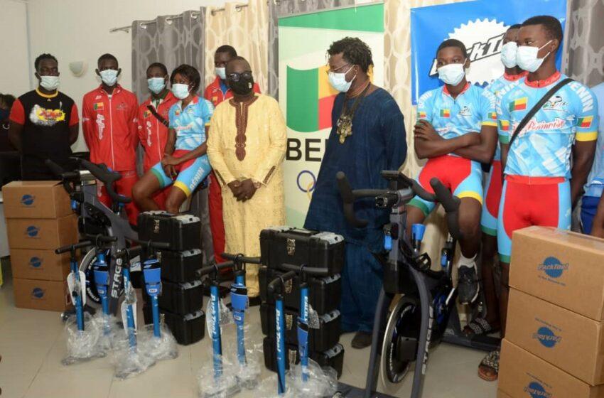 Pour de meilleures performances: Les cyclistes béninois dotés de matériels