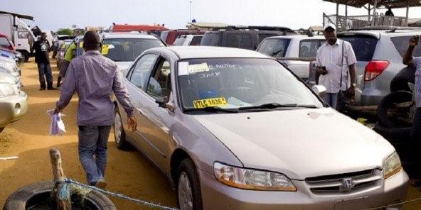 Perception des faux frais sur les parcs de véhicules d'occasion : Une pratique à la peau dure