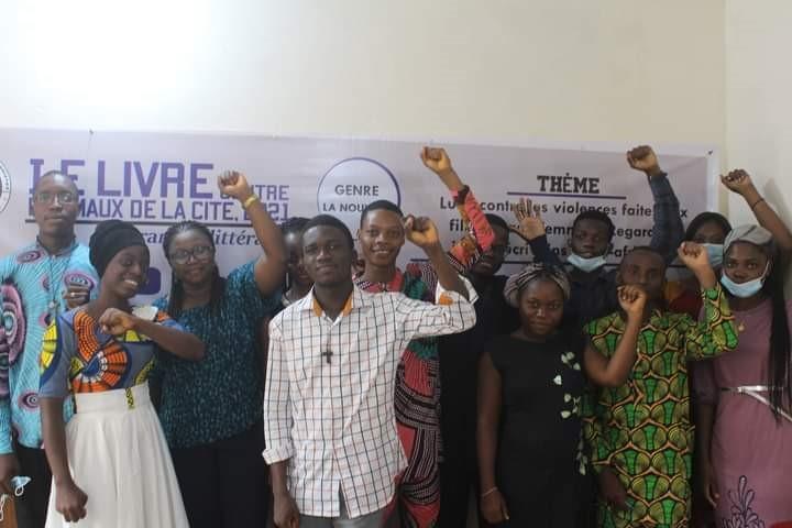Livre Contre les Maux de la Cité, 2021 : L'Association EH-Bénin renforce les capacités des candidats