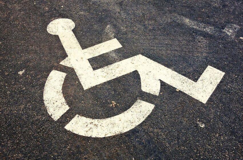 Lalo: Les personnes handicapées stigmatisées
