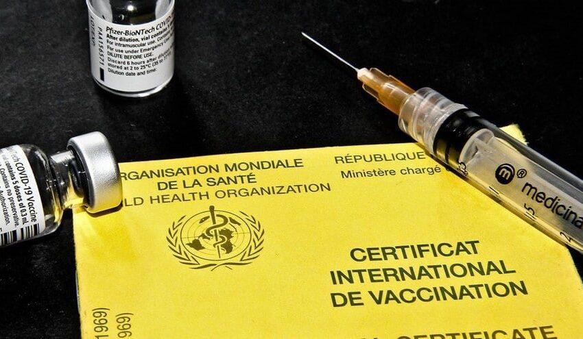 Trafic de carnets de vaccination: Deux autres personnes épinglées