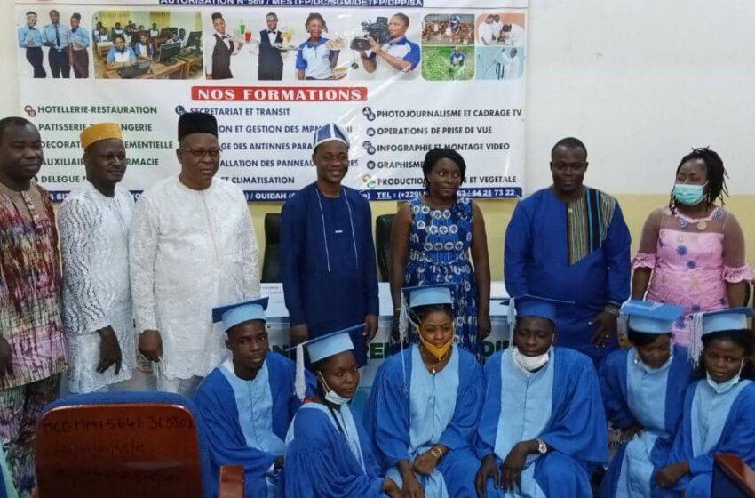 Centre de Formations professionnelles et entrepreneuriales: Remise de diplômes à 20 récipiendaires