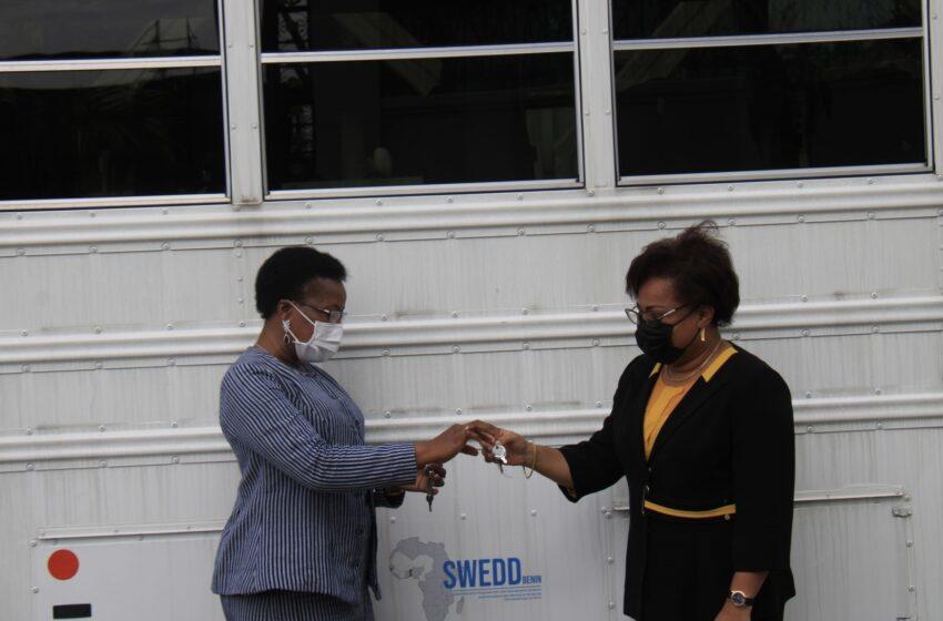 Dispositif d'encadrement des étudiants: L'INMES et l'IFSIO dotés de deux bus américains