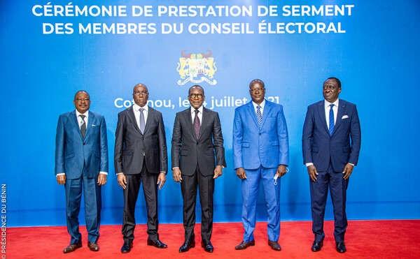 Conseil Electoral: Adolphe Djiman dépose le tablier