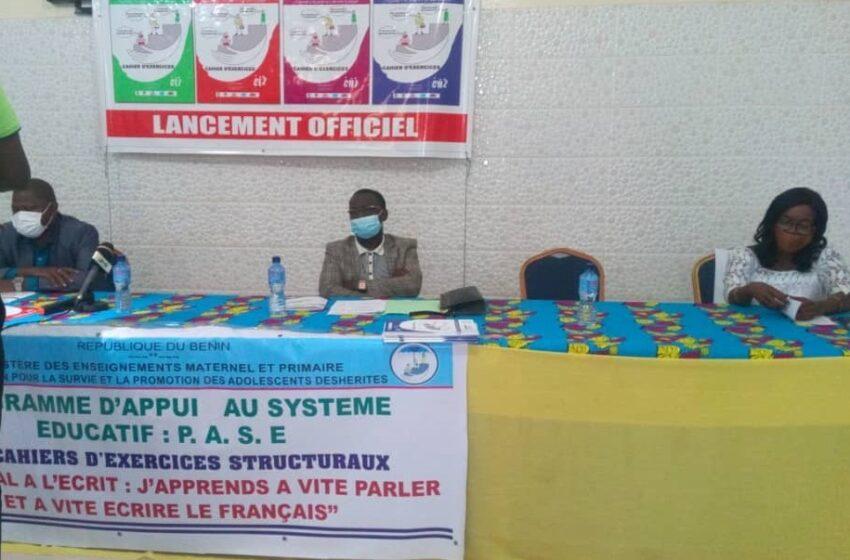 J'apprends à vite parler et à vite écrire le français: Un chef-d'œuvre de l'ONG ASPAD